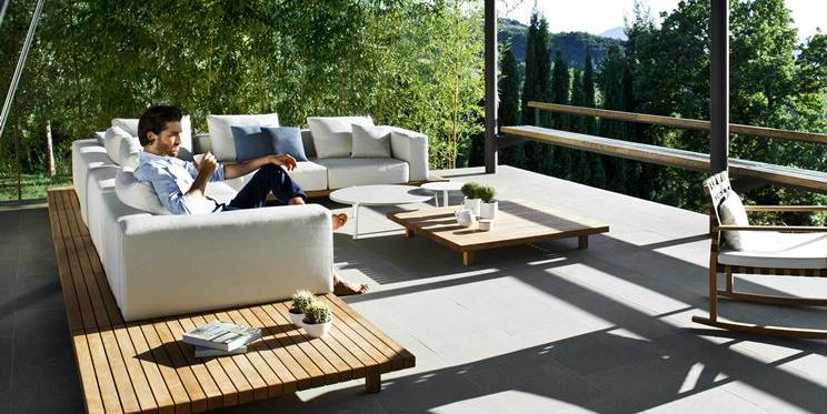 Mobili Da Giardino Di Design.Cinque Tendenze Di Design D Arredo Per L Esterno