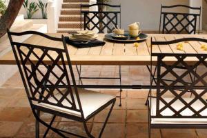 sedia da giardino in ferro battuto