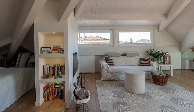 Quattro idee per una camera da letto in mansarda